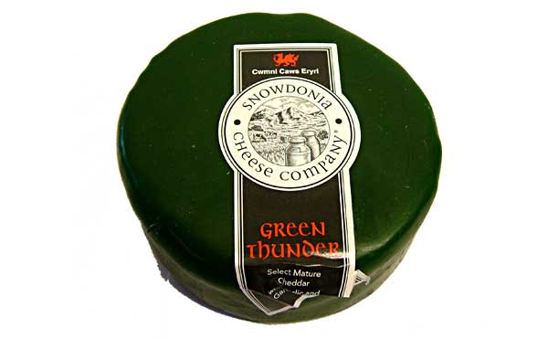 Snowdonia Green Thunder Truckle